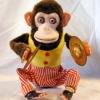 Quinqua - monkey-playing-cymbals